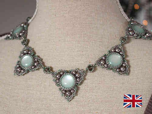 Tutorial for necklace 'Trinity' - English