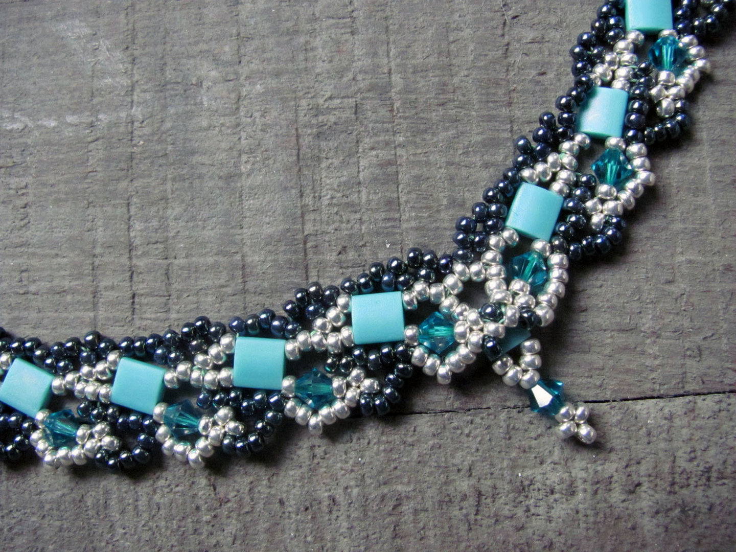 Tutorial For Necklace Tila Wave English Trinkets Beading
