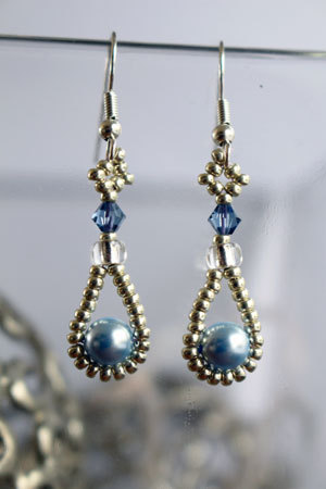 Tutorial for earrings 'Pearl Drop' - English