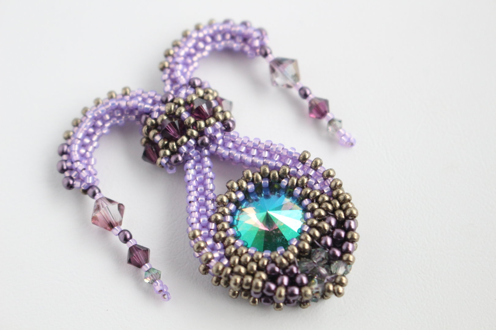 how to make a beading needle