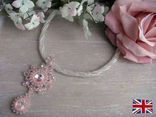 Tutorial for necklace 'Loveliness' - English